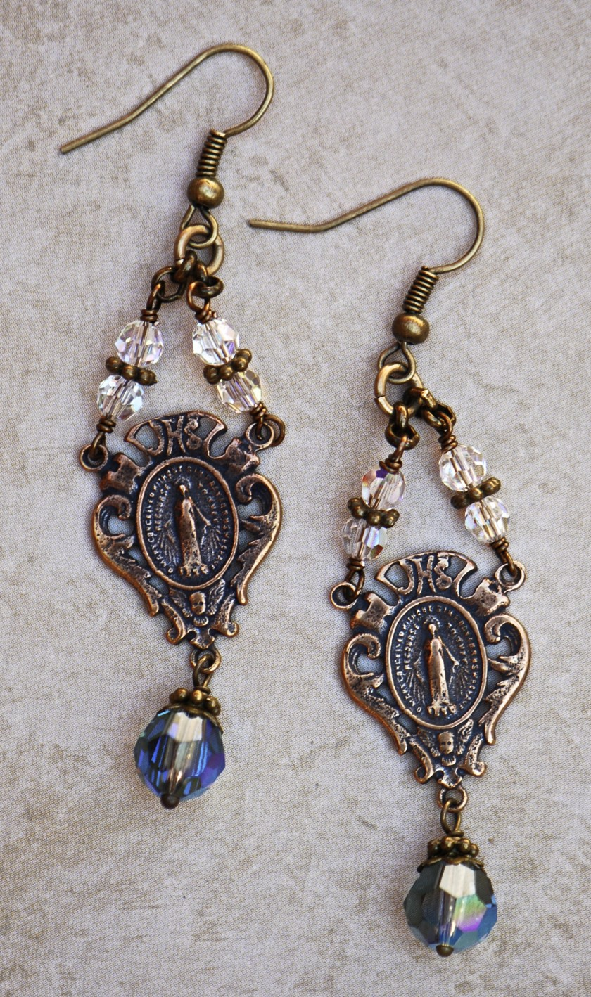 The Seraphym Earrings of the Miraculous Medal